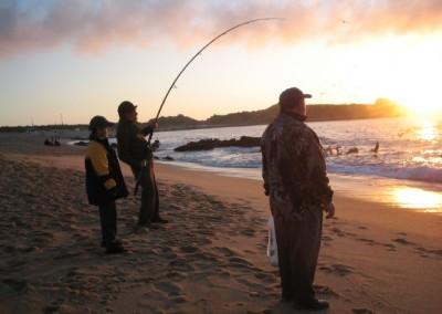 Pescando desde la playa